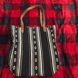 Old Navy Aztec style tote bag